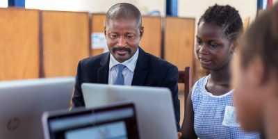 Internet : la Guinée va se doter de la 4G, convention signée !